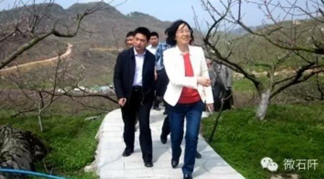 贵州省林业厅副厅长黎平在五德调研
